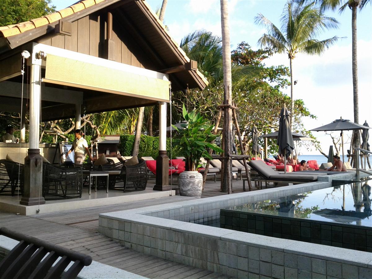 le-meridien-koh-samui-resort-spa-resort-pool-bar