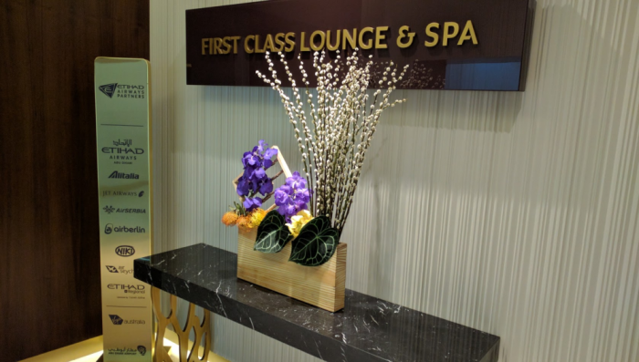 Etihad Airways First Class Lounge Access For Cash